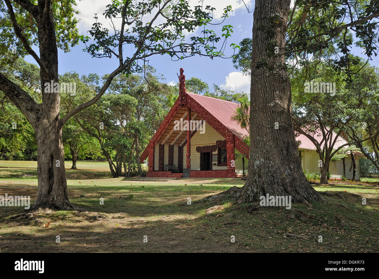 Maori Meeting House, Waitangi Treaty Grounds, Waitangi, North Island, New Zealand - Stock Image