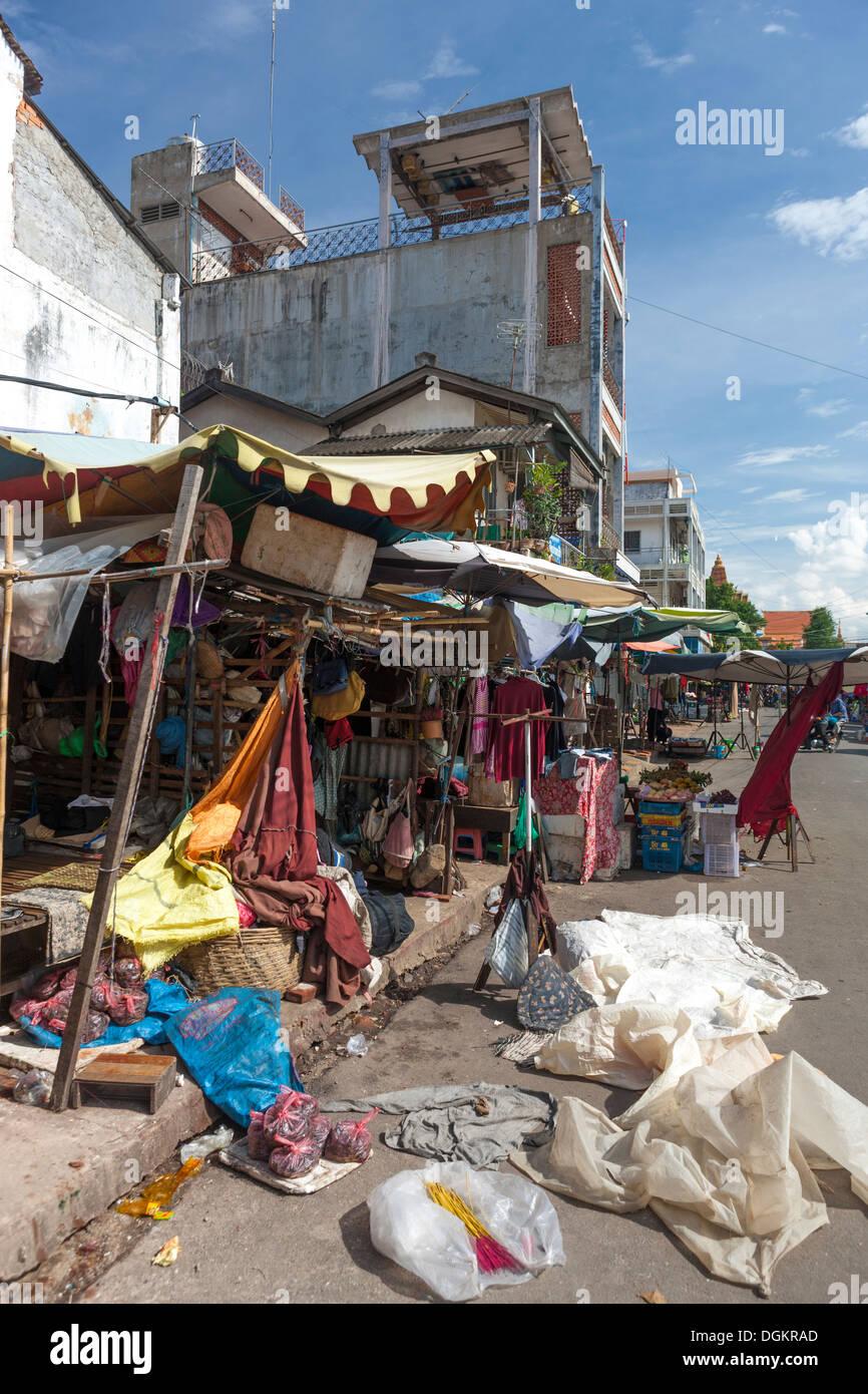 Street stall in Phnom Penh. - Stock Image