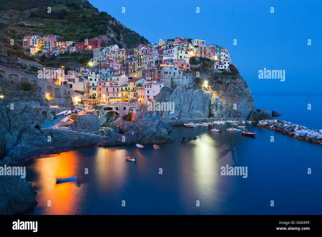 Clifftop village of Manarola in the Cinque Terre. - Stock Image