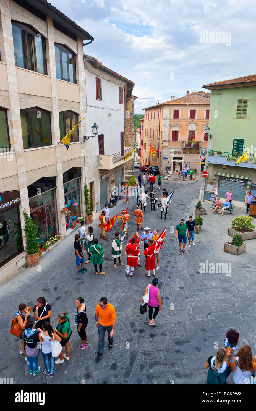 Back to school in Asciano. - Stock Image