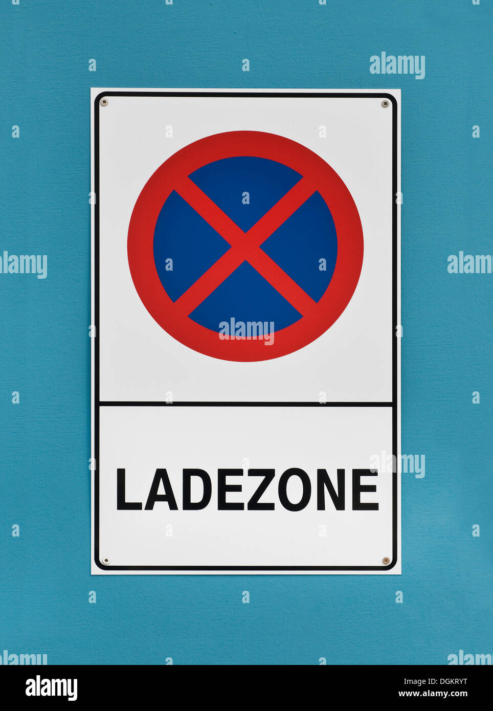 Sign in German, 'Ladezone', loading zone, no parking - Stock Image