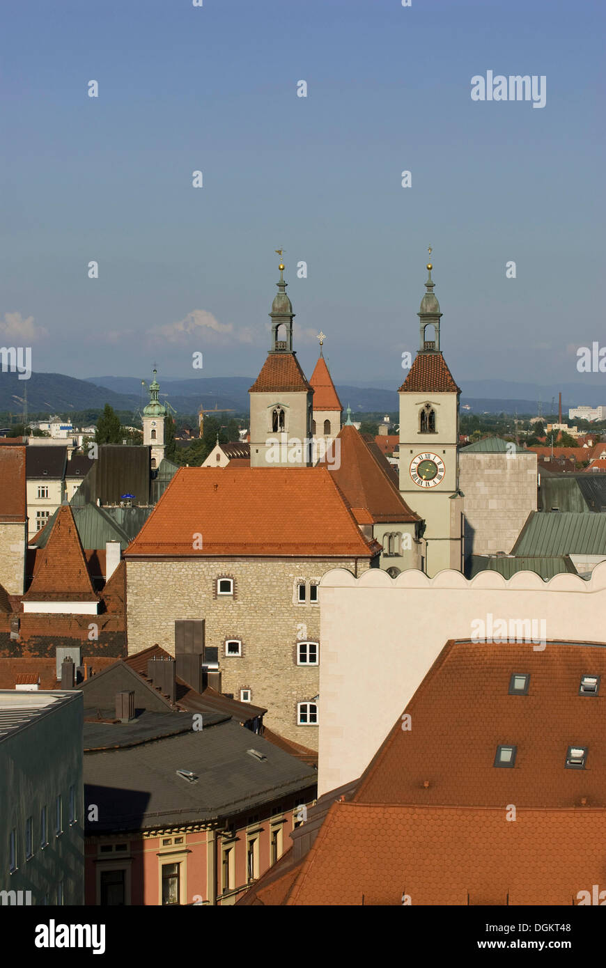 View over the roofs of Regensburg towards the Protestant Neupfarrkirche church, UNESCO World Heritage site, Upper Palatinate - Stock Image