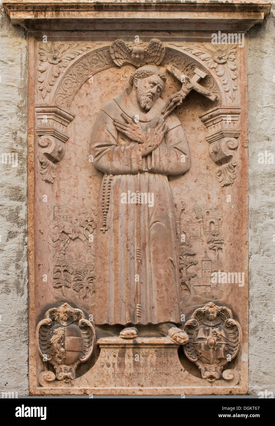 Relief, Francis of Assisi, with an inscription and the coat of arms of the Archbishop Wolf Dietrich von Raitenau - Stock Image