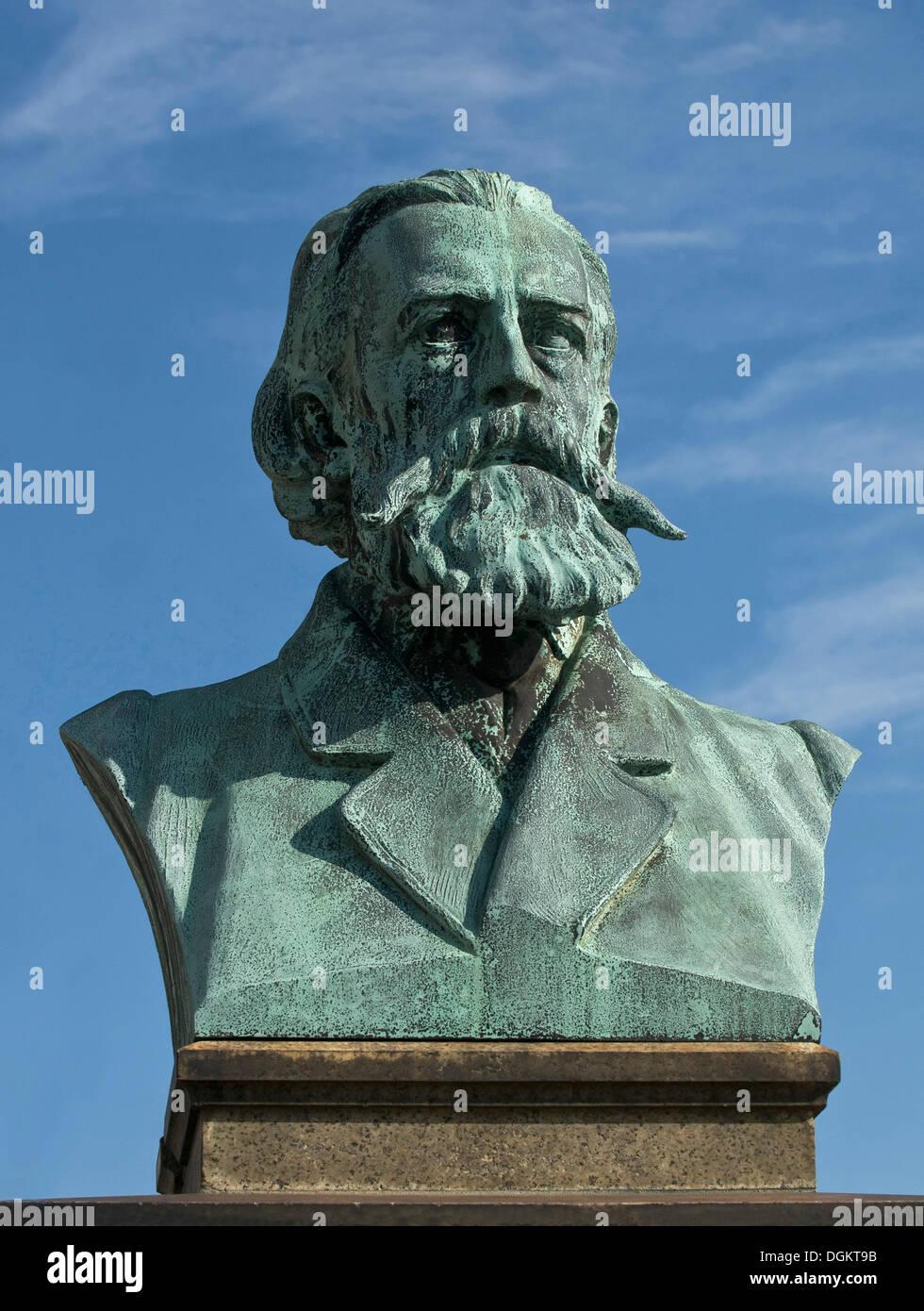Wolfgang Mueller von Koenigswinter, poet, bust, Rheinallee, Koenigswinter, North Rhine-Westphalia - Stock Image