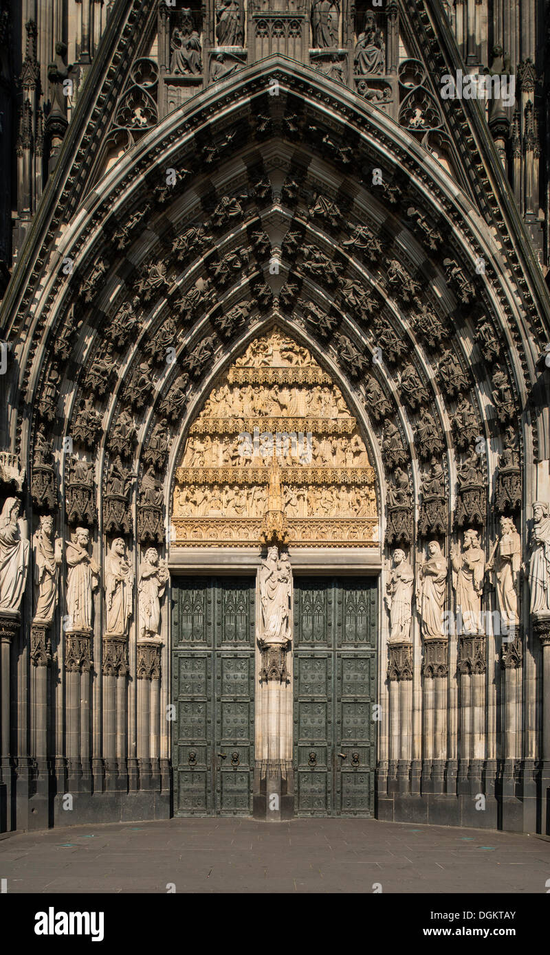 Main portral of Koelner Dom, Cologne Cathedral, UNESCO World Heritage Site, North Rhine-Westphalia - Stock Image