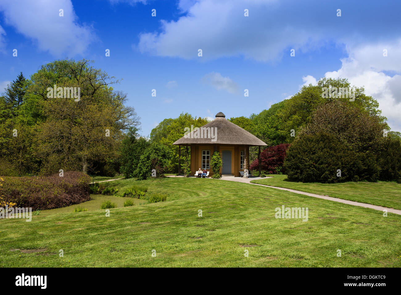 Temple of Friendship in Luetetsburg Castle Gardens, the largest English landscaped gardens of East Frisia, Lower - Stock Image