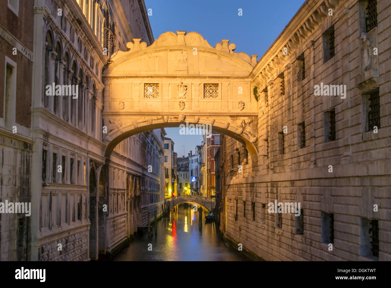 A view of the Bridge of Sighs in Venice after sunset. - Stock Image