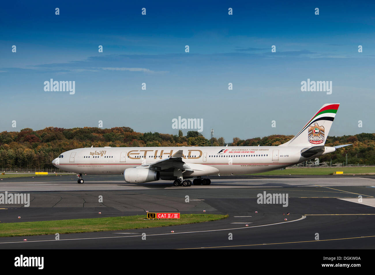 Etihad Airways, Airbus A330-343X, on the runway, Duesseldorf International Airport, North Rhine-Westphalia - Stock Image