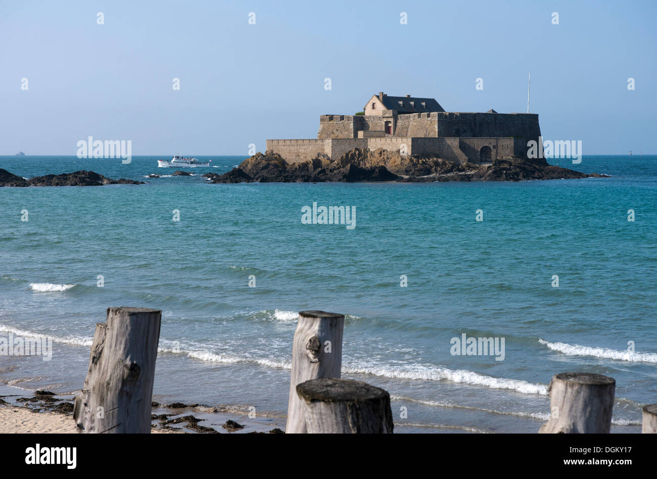 Fortified island in the sea, Saint-Malo, Brittany, France, Europe - Stock Image