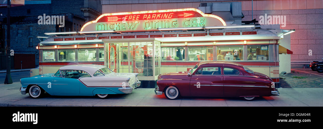 Diner with vintage cars in St. Paul, Minneapolis, USA Stock Photo ...