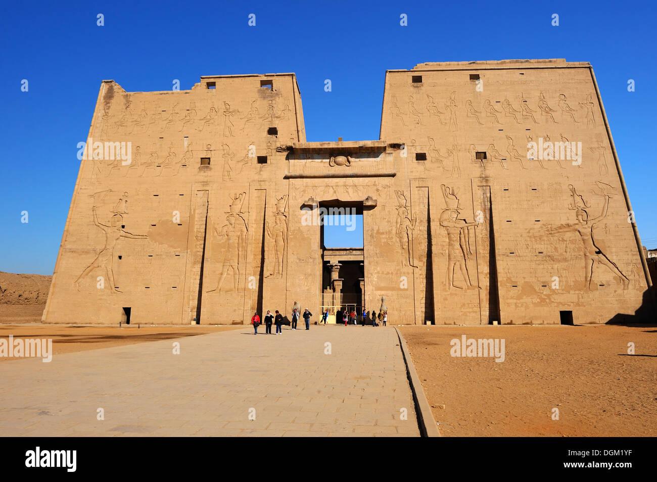 Entrance Pylon of Temple of Horus at Edfu, Upper Egypt Stock Photo