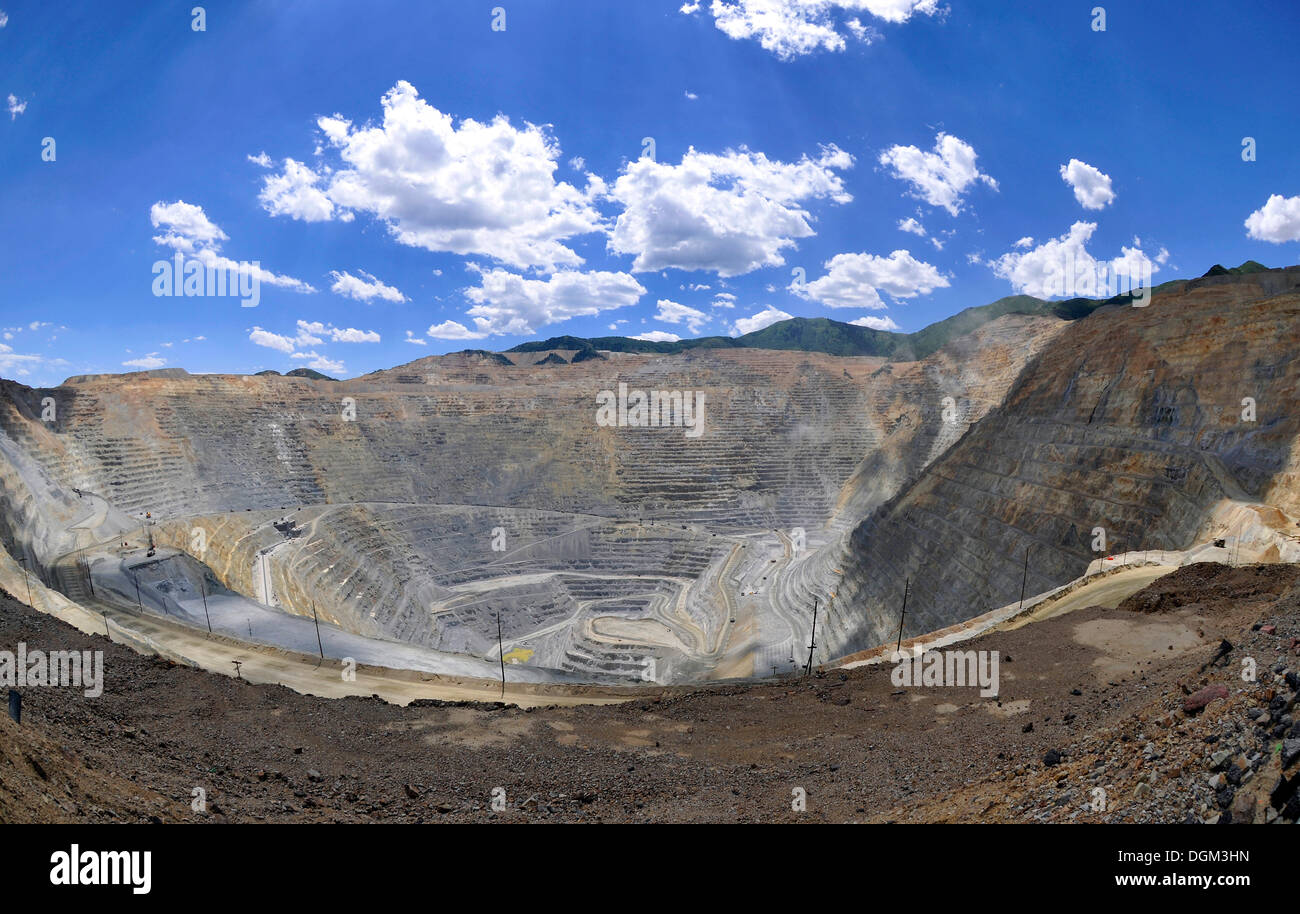 Bingham Canyon Mine or Kennecott Copper Mine, largest man-made open pit on earth, Oquirrh Mountains, Salt Lake City, Stock Photo