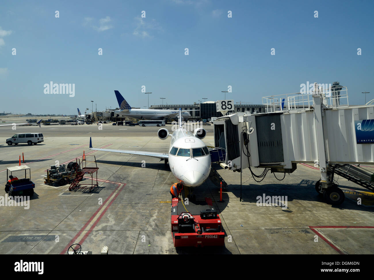Handling at the LAX Los Angeles International Airport, Terminal 8, Los Angeles, California, United States of America, - Stock Image