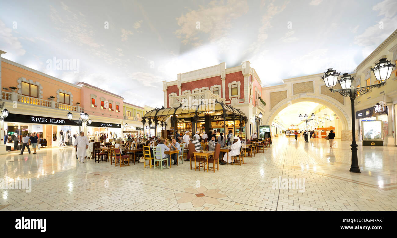 Paul, French bakery and patisserie, River Island shop, luxury shopping centre, Villaggio Mall designed in a Venetian style - Stock Image