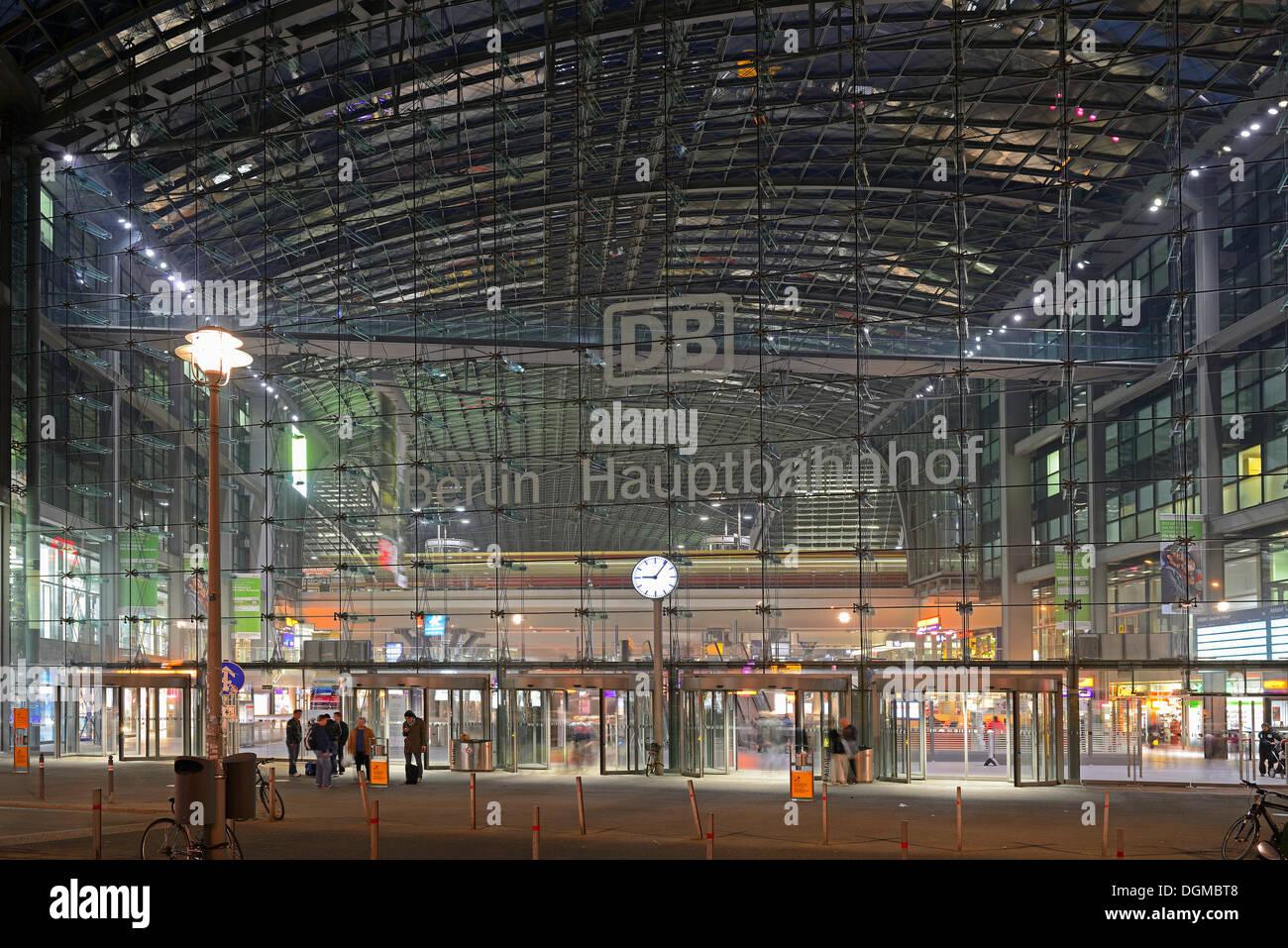 Front main entrance to Berlin Central Railway Station, Lehrter Bahnhof, in the evening, Berlin, Berlin, Berlin, Stock Photo