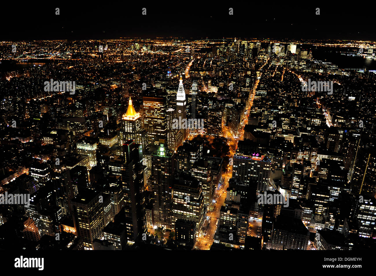 Manhattan as seen from the Empire State Building at night, southbound view, New York City, New York, USA, North America - Stock Image