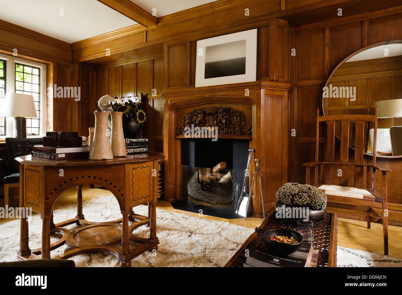 Arts And Crafts Furniture Interior High Resolution Stock Photography And Images Alamy