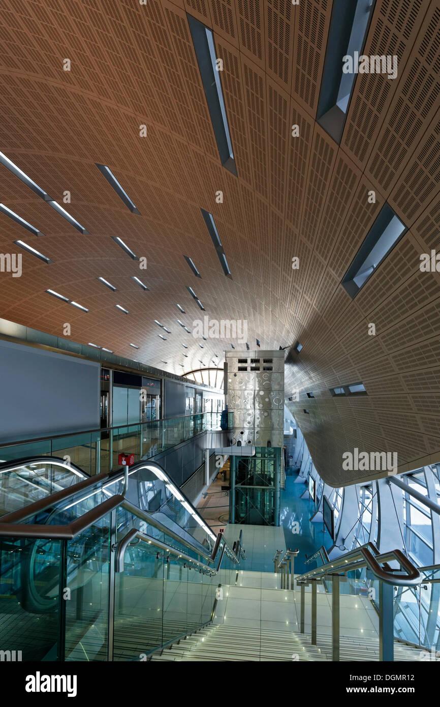 Metro station, platform with climate control doors, Dubai, United Arab Emirates, Middle East, Asia - Stock Image