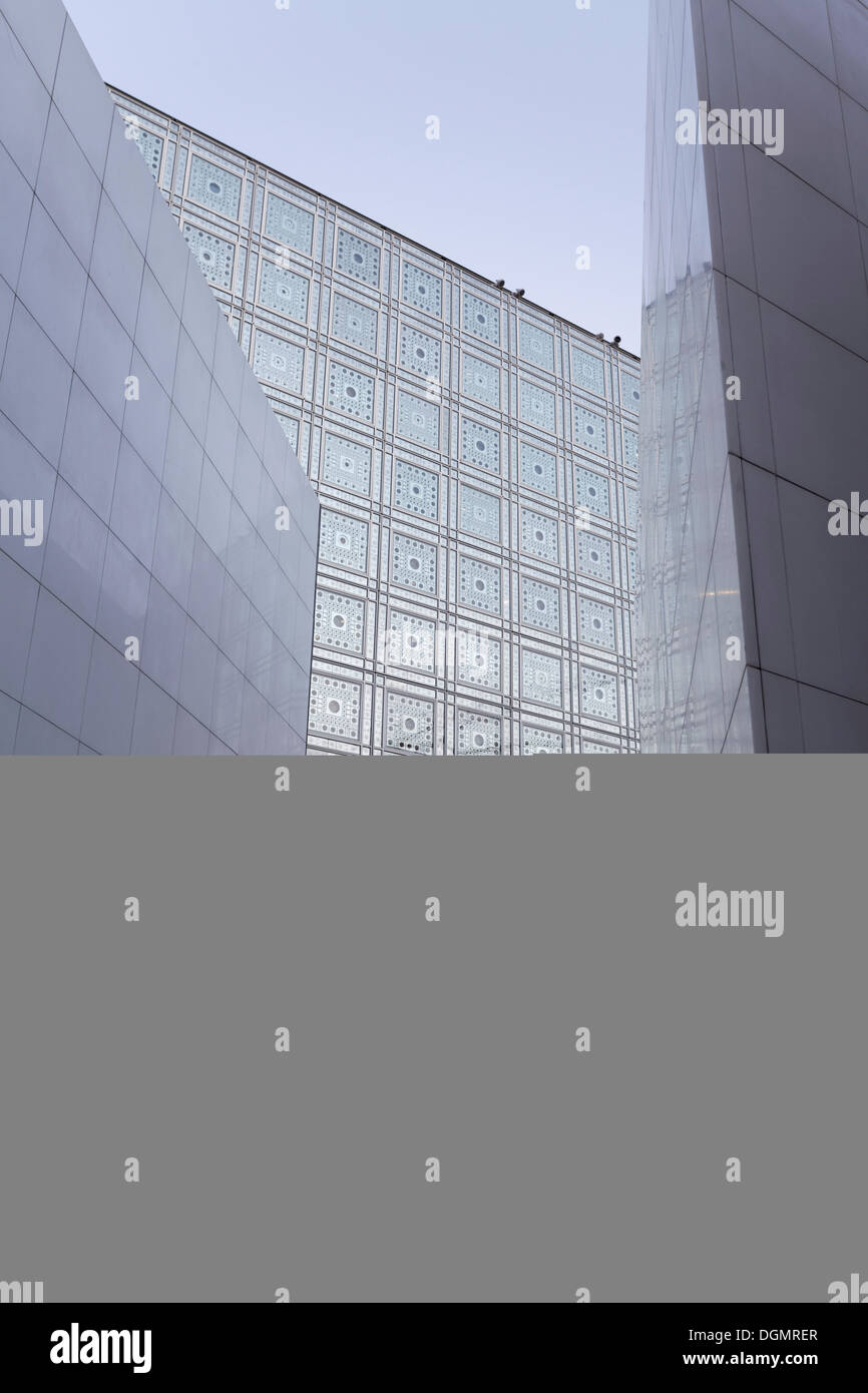 Facade with computer-controlled apertures, building designed by Jean Nouvel, Institute du Monde Arabe, IMA, 5th arrondissement - Stock Image