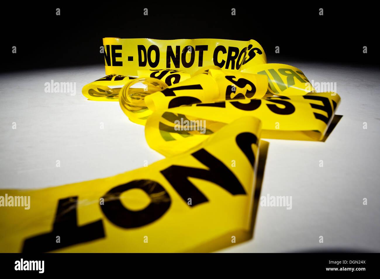 crime scene do not cross yellow tape stock photo 61928298 alamy
