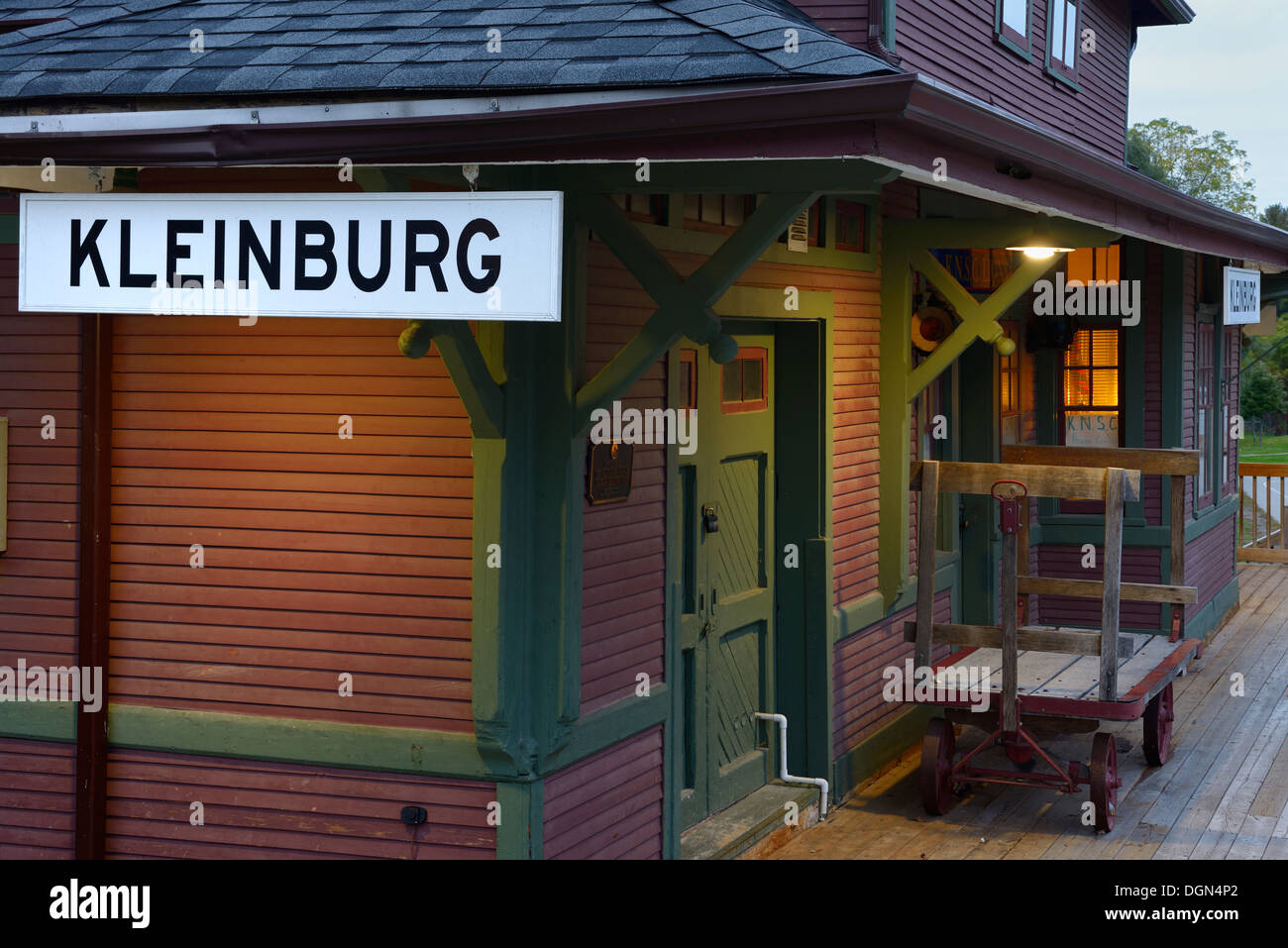 Kleinburg Railway Station Scout House at dusk - Stock Image