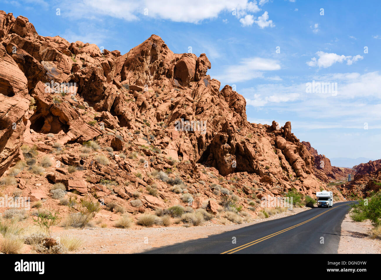 Camper van on Mouse's Tank Road, Valley of Fire State Park, north of Las Vegas, Nevada, USA - Stock Image