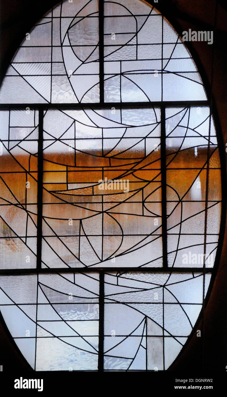 Lead glass window, La Sagrada Familia, Temple Expiatori de la Sagrada Familia, Basilica and Expiatory Church of the Holy Family - Stock Image