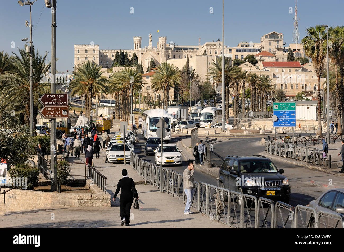 Street scene in front of the old city and Notre-Dame of the centre of Jerusalem, Jerusalem, Israel, Middle East - Stock Image