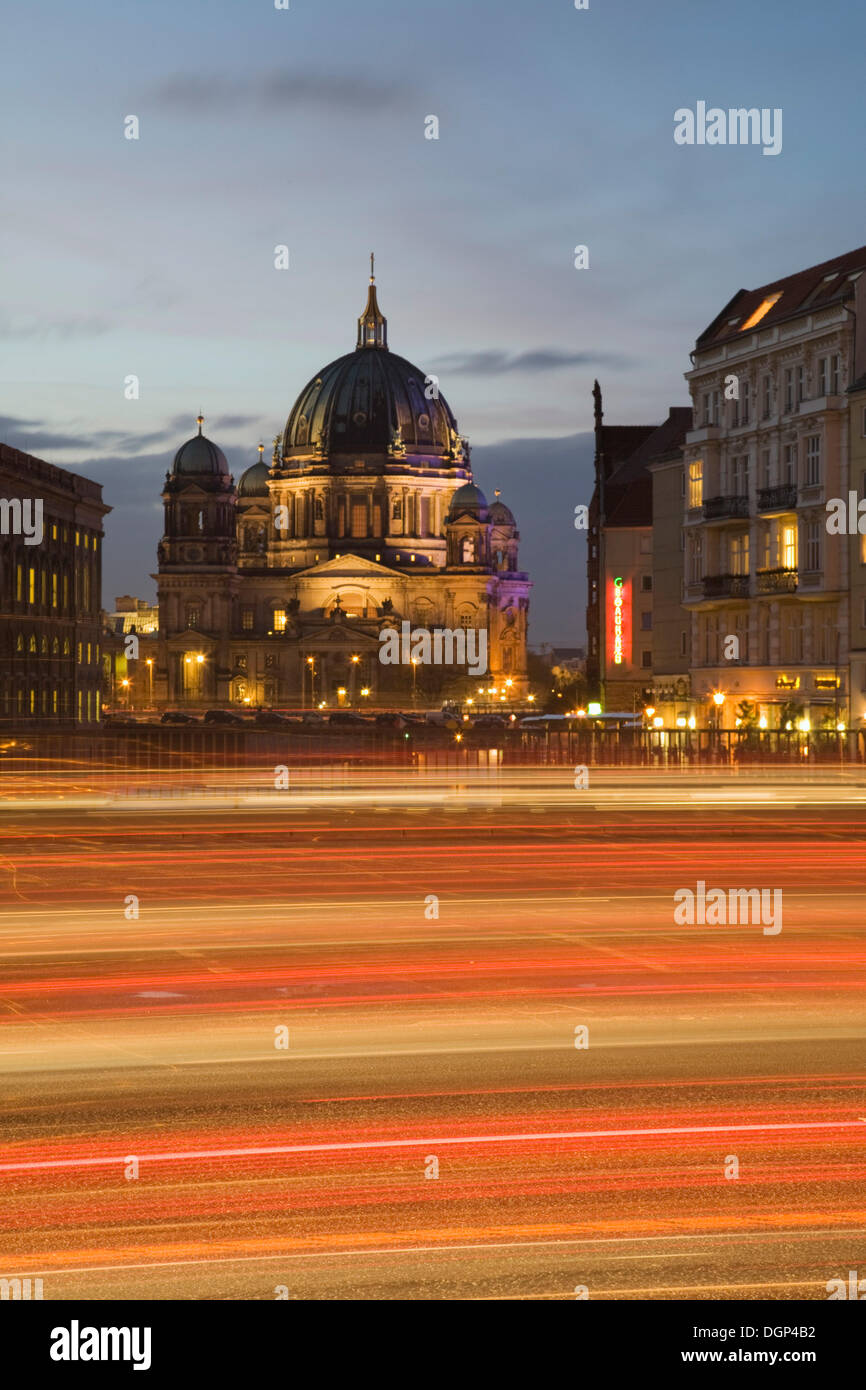 Traffic on Muehlendamm Rd with Berlin Cathedral, Berlin - Stock Image