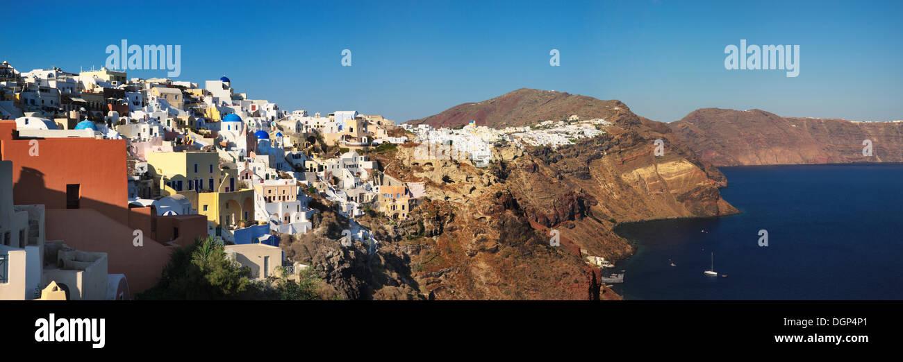Oia on the cliff line of the Caldera, Santorini, Cyclades, Greece, Europe - Stock Image