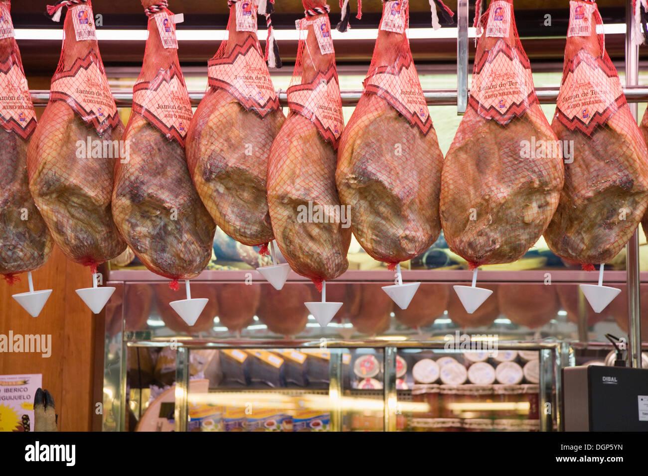 Sale of ham, Mercado Centralmarket, Valencia, Comunidad Valencia, Spain, Europa - Stock Image