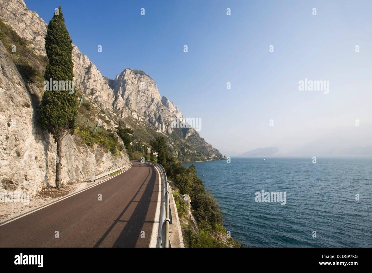 Gardesana Occidentale road on the western bluff of Lake Garda, Lombardy, Italy, Europe - Stock Image