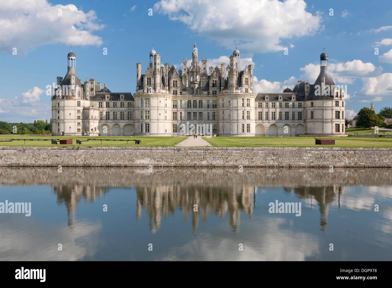Château de Chambord, north facade with a moat, department of Loire et Cher, Centre region, France, Europe - Stock Image