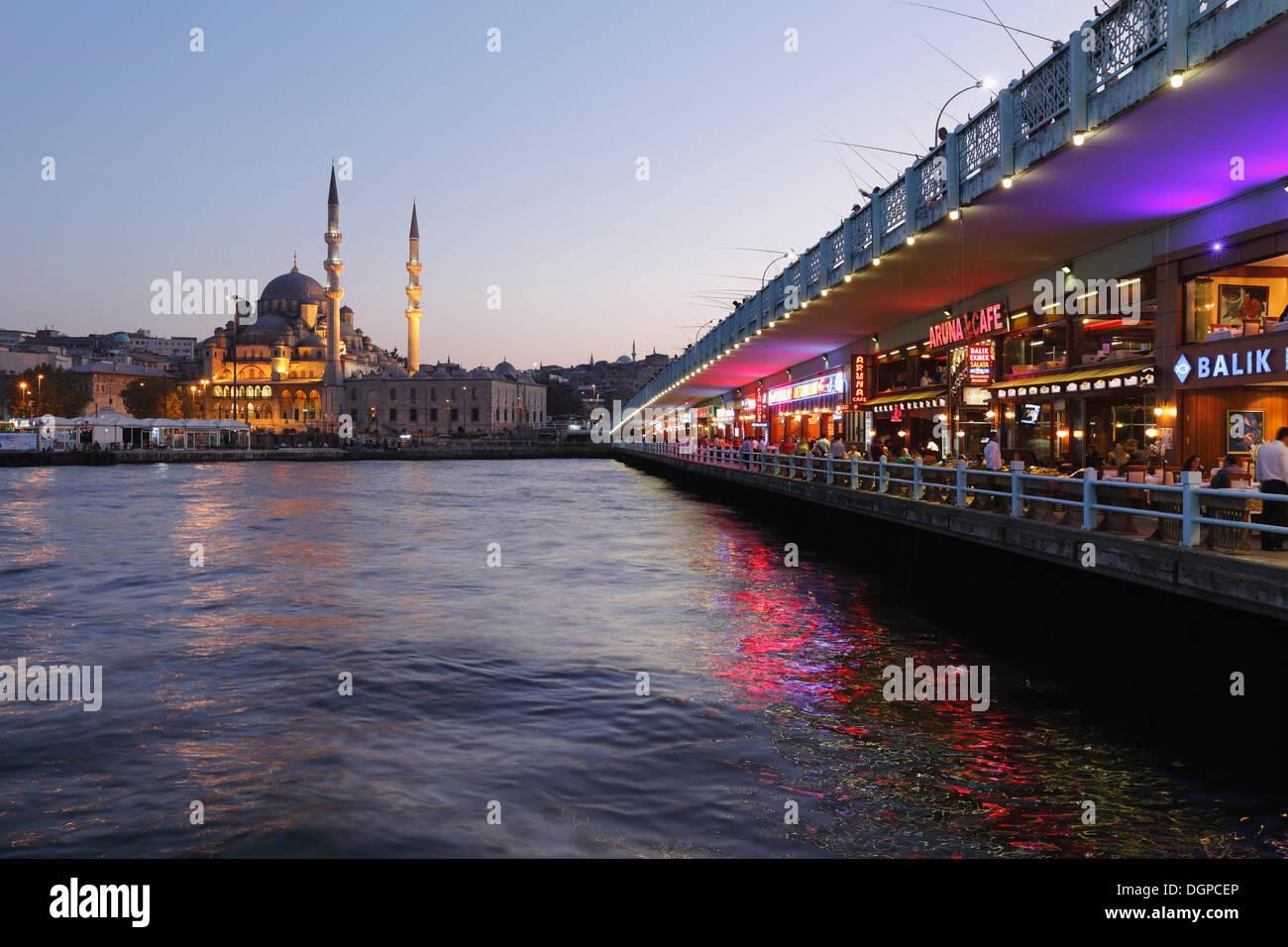 Galata Bridge, Golden Horn, New Mosque, Yeni Cami, Istanbul, european side, Turkey, Europe - Stock Image