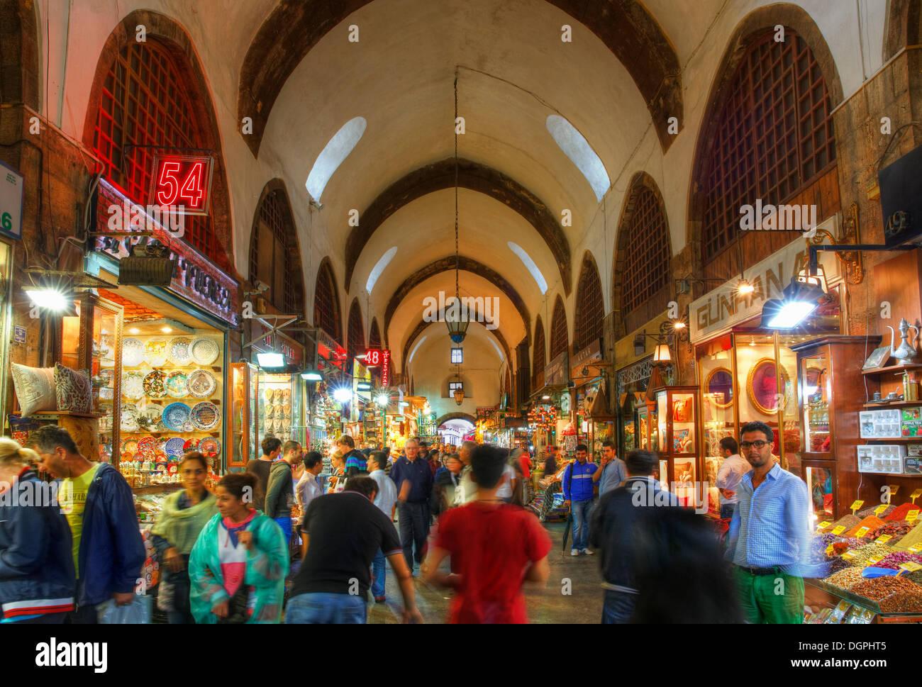 Egyptian Bazaar or Spice Bazaar, Mısır Çarşısı, Eminönü, Istanbul, European side, Istanbul Province, Turkey - Stock Image