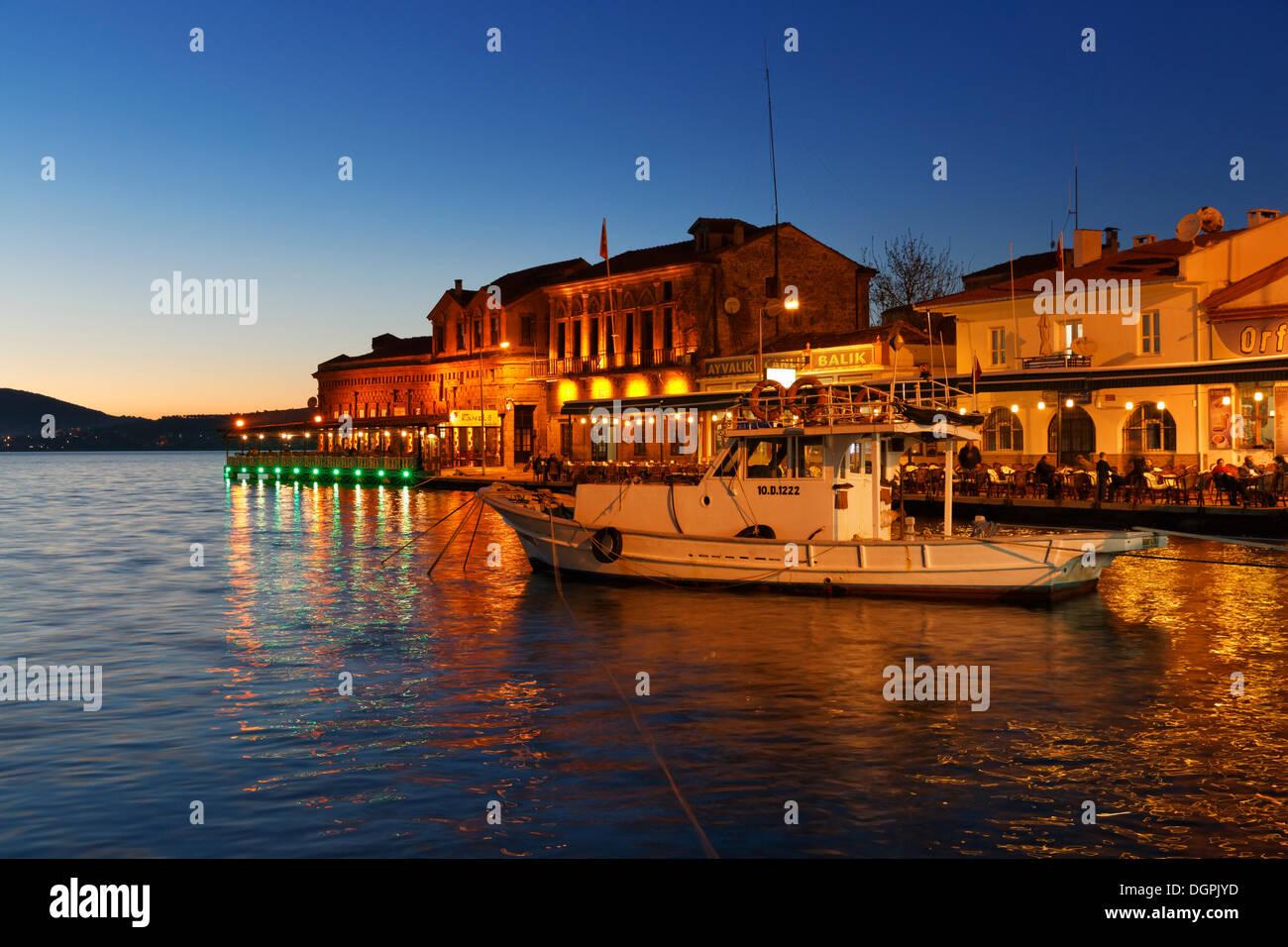 Fishing port, Ayvalik, Ägäisches Meer, Provinz Balikesir, Ägäis, Turkey - Stock Image