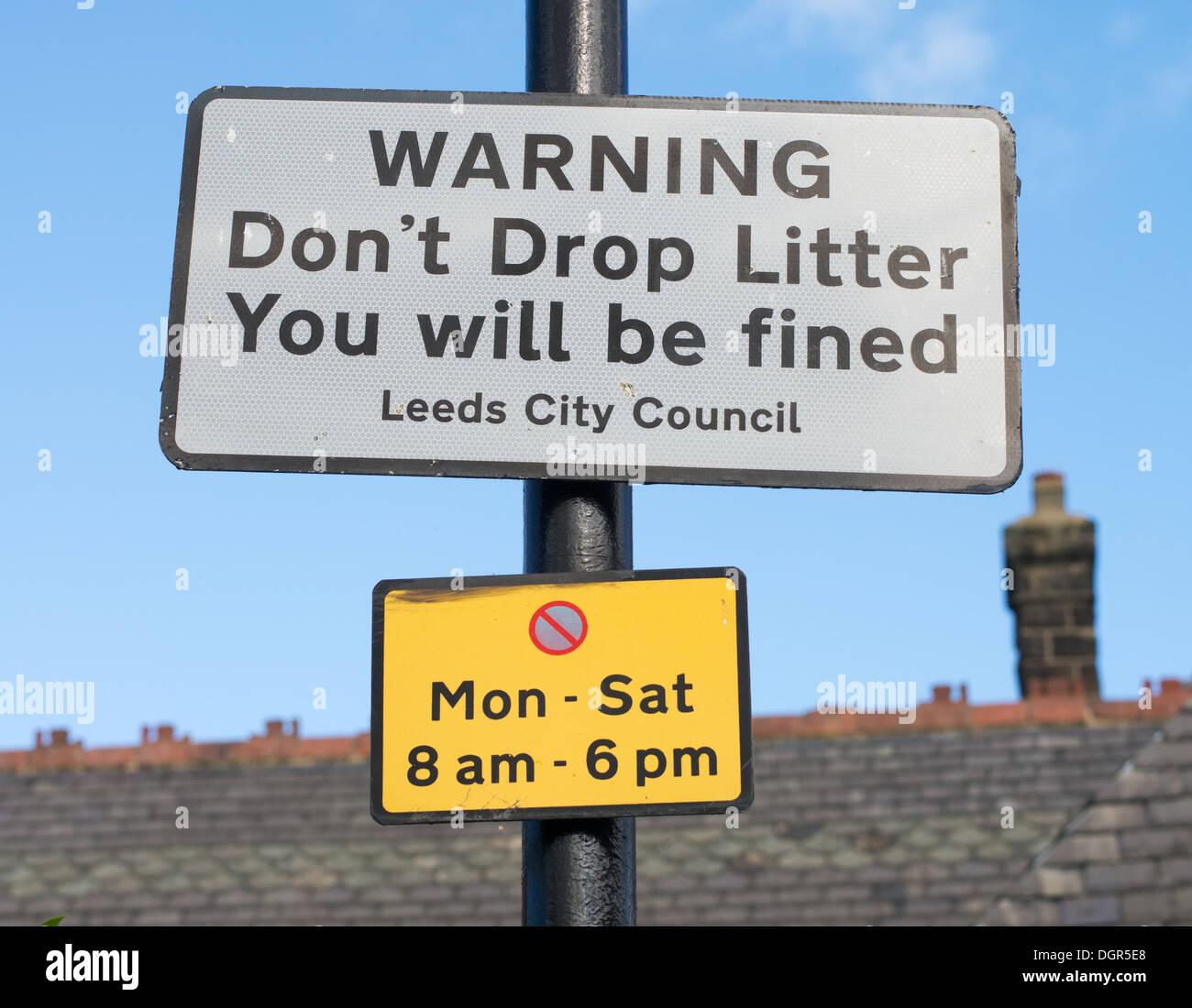 Notice warning of fine for littering Otley, Yorkshire, England, UK - Stock Image