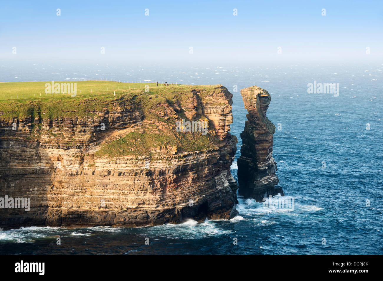 Jagged rocks on the coast of Duncansby Head, County of Caithness, Scotland, United Kingdom, Europe - Stock Image