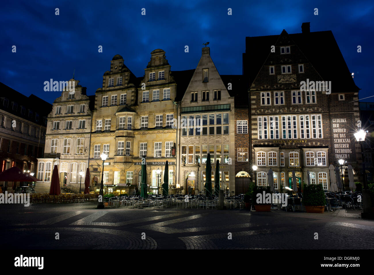 Historic houses on the Market Square in the historic town centre of Bremen, Free Hanseatic City of Bremen - Stock Image