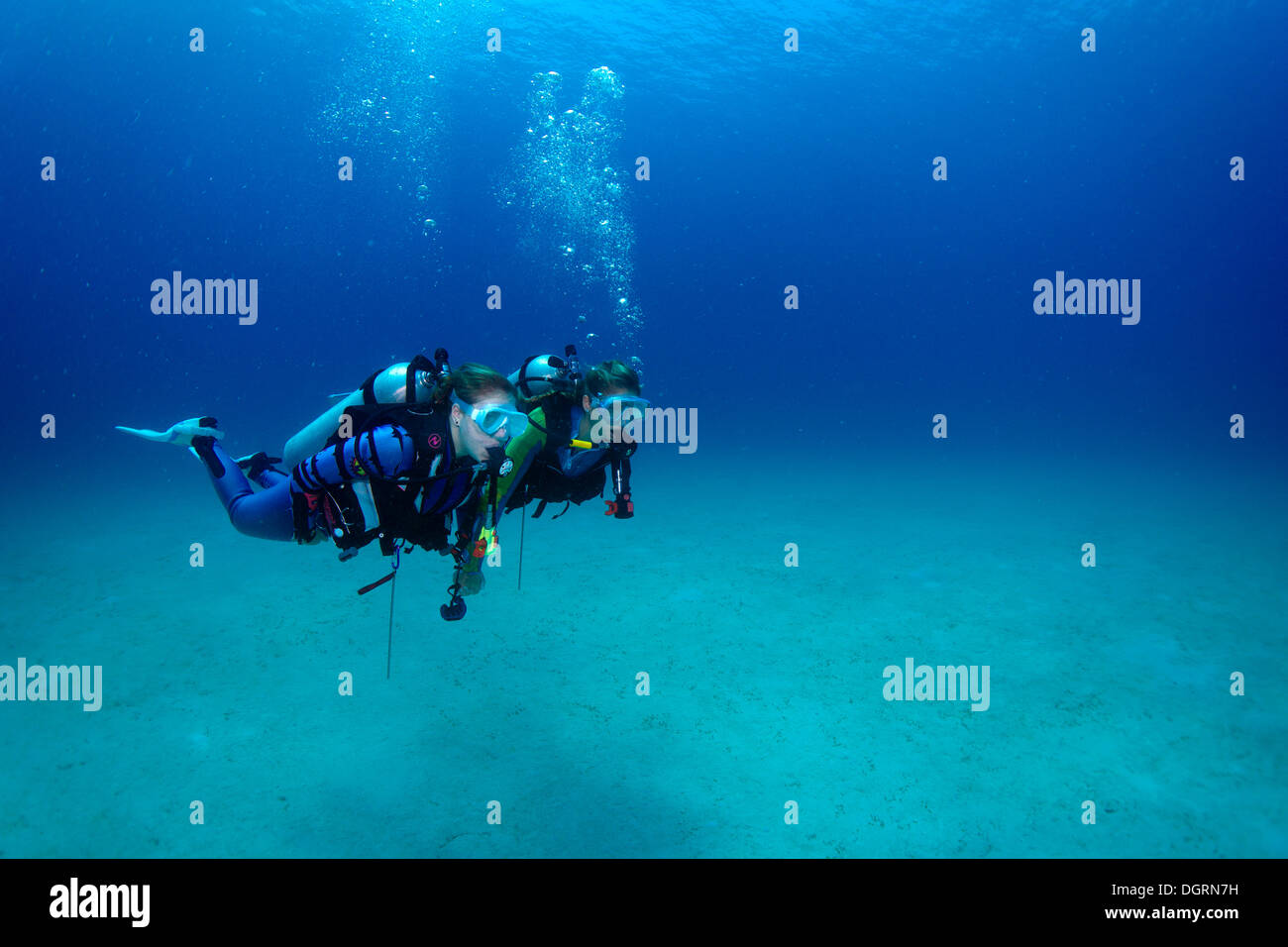 Divers under water, Mimaropa, Mulaong, South China Sea, Philippines, Asia, Binalayan, -, Philippines - Stock Image