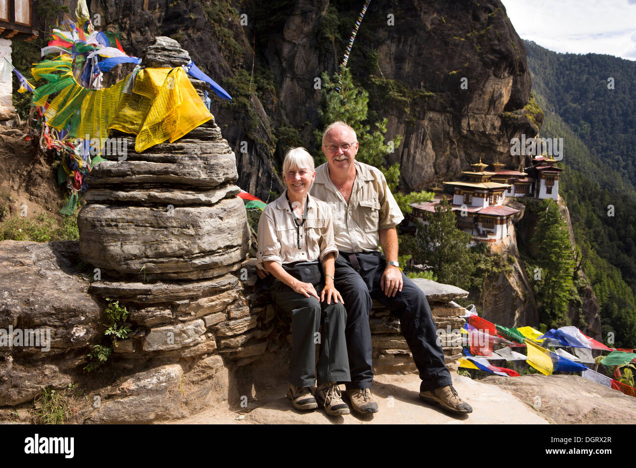 Bhutan, Paro valley, tourists at Taktsang Lhakang (Tiger's Nest) monastery - Stock Image