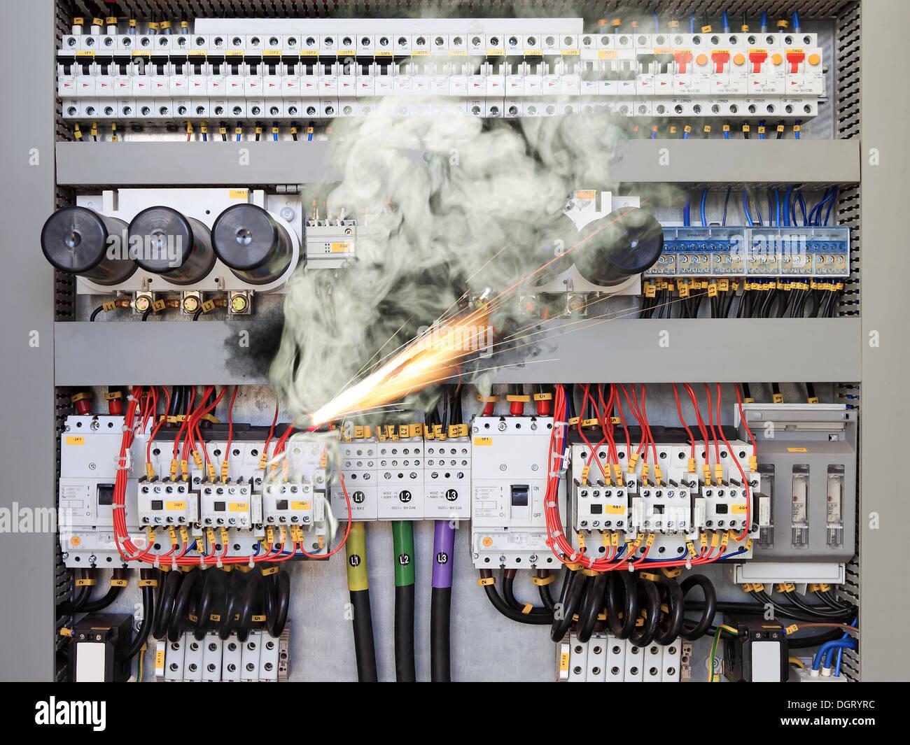 Short Circuit Stock Photos & Short Circuit Stock Images - Alamy