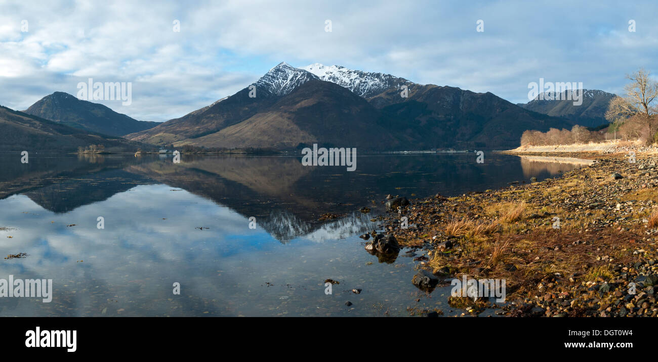 Sgorr a' Choise and the  Beinn a' Bheithir range over Loch Leven, from near North Ballachulish, Highland region, Stock Photo