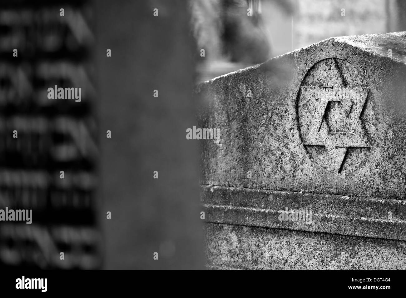 Star of David on a headstone at the third Jewish cemetery of 1897, Schnaittach, Middle Franconia, Bavaria - Stock Image