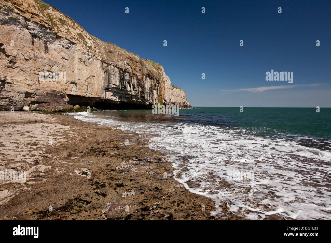 Dancing Ledges, limestone quarries and platform on the Dorset coast west of Swanage. Dorset. - Stock Image