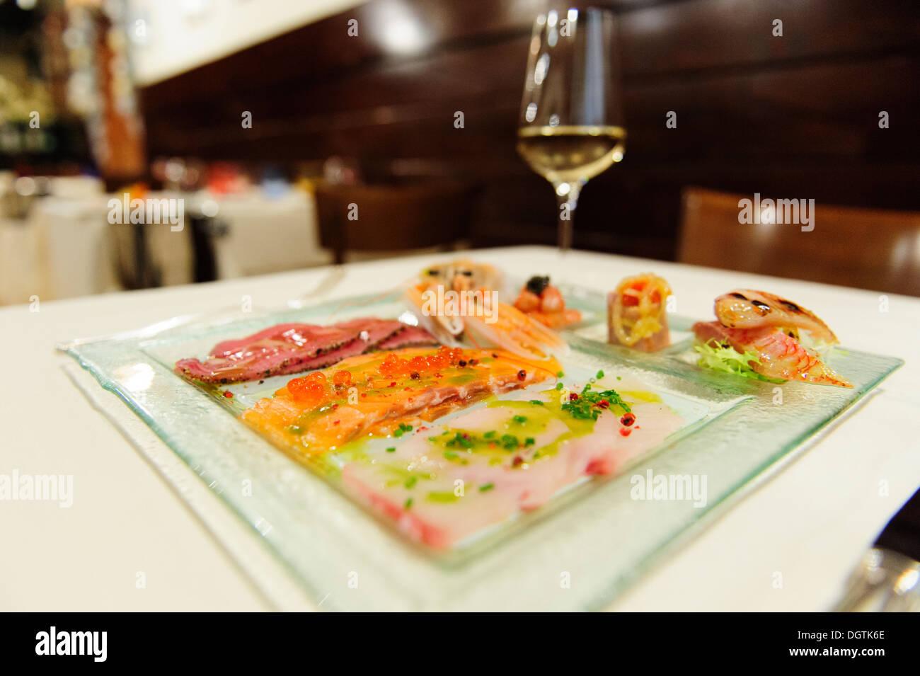 Mixed fish carpaccio, Osteria di Santa Marina, Venice, Italy. - Stock Image