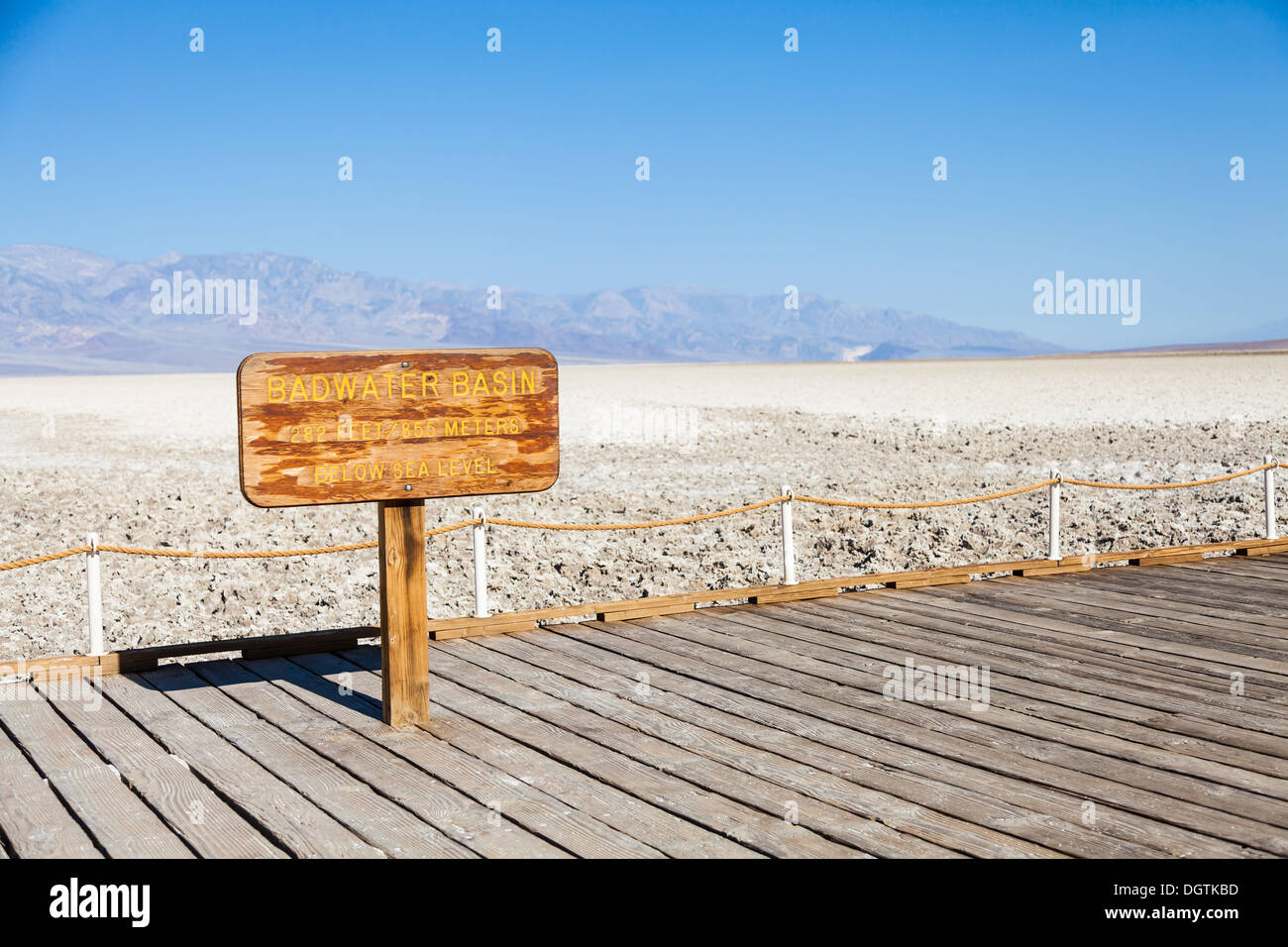 USA, Death Valley. Badwater point: salt road in the middle of the desert - Stock Image