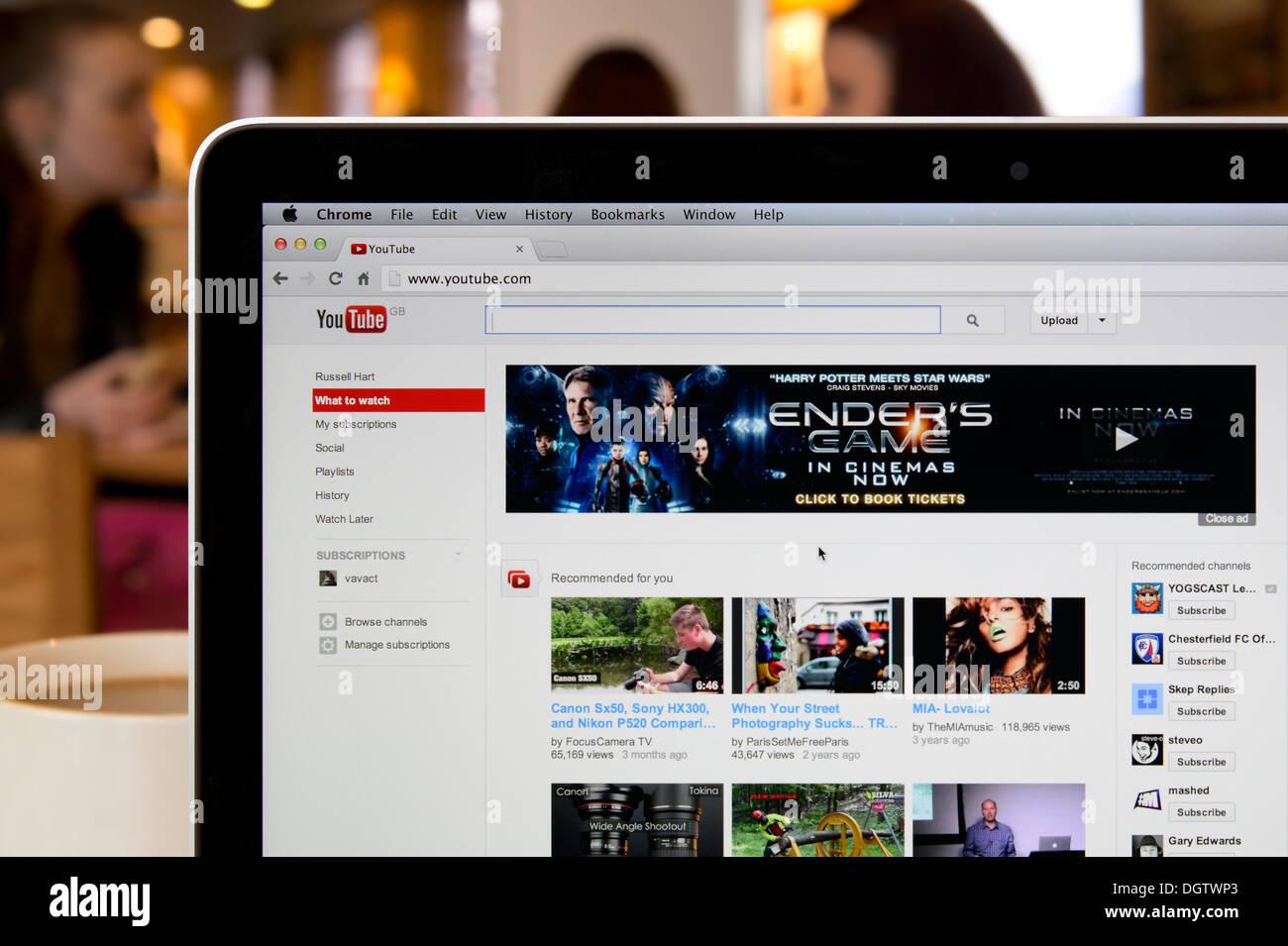 Youtube Stock Photos & Youtube Stock Images - Alamy