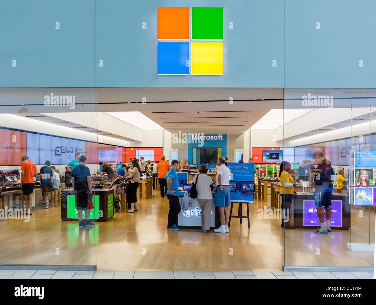 Microsoft store at The Florida Mall, Orlando, Central Florida, USA - Stock Image