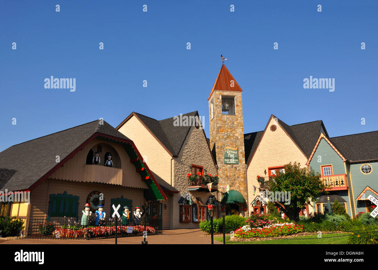 the christmas place shopping village pigeon forge tennessee usa - Christmas Shop Pigeon Forge